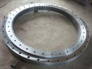 Komatsu PC128US-1,  Slew Bearing Assembly